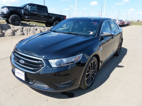 2017 Ford Taurus Limited, AWD, NAV, Leather, Roof