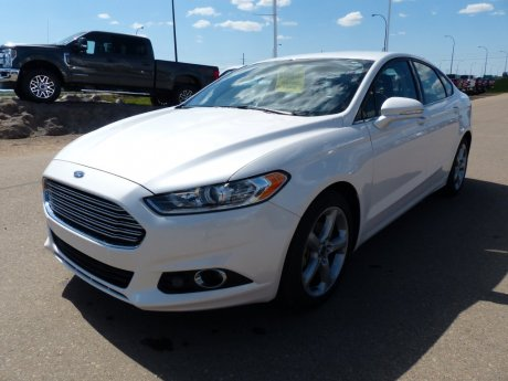 2015 Ford Fusion SE, Navigation, Cam, Tech Pack