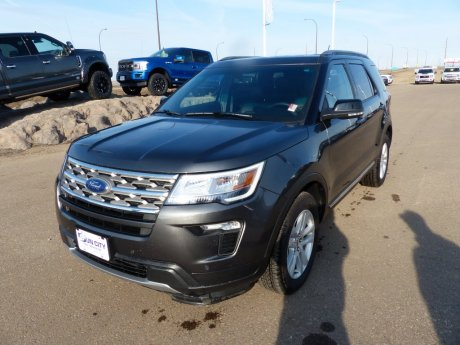2018 Ford Explorer XLT SYNC 3, Moonroof, Trailer Tow, Nav