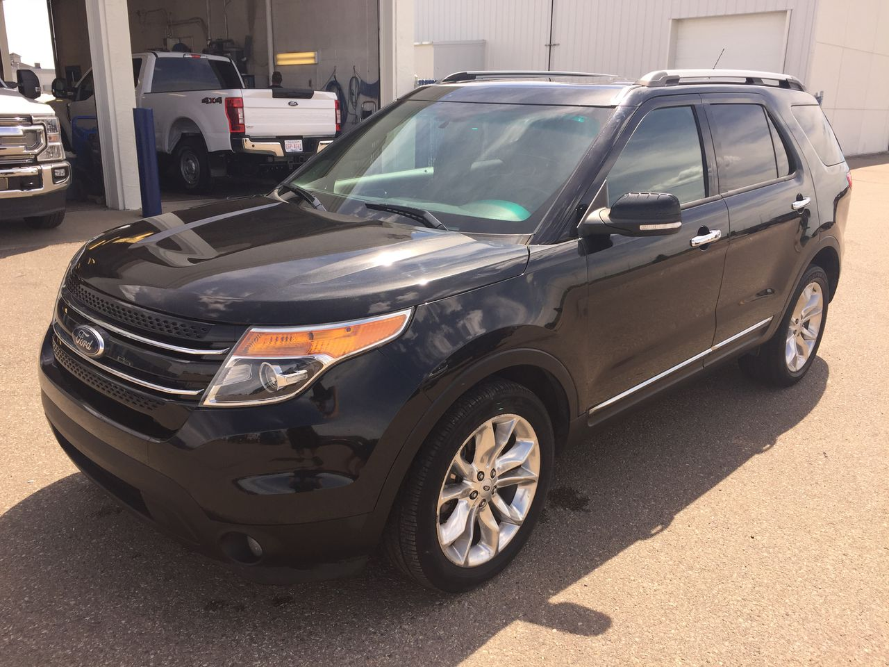 2013 Ford Explorer Limited AWD (T120001A) Main Image