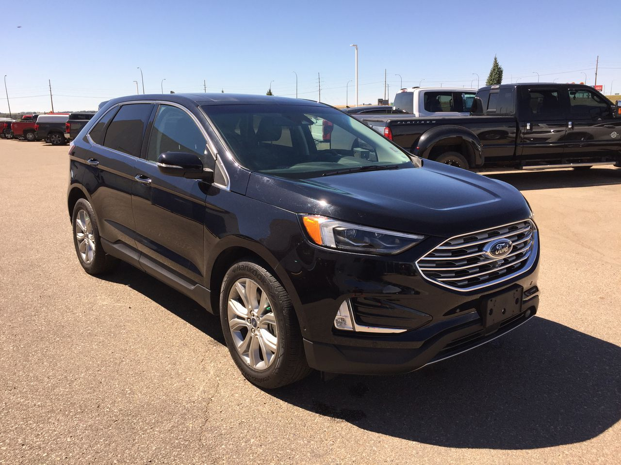 2019 Ford Edge AWD Titanium (U3763) Main Image