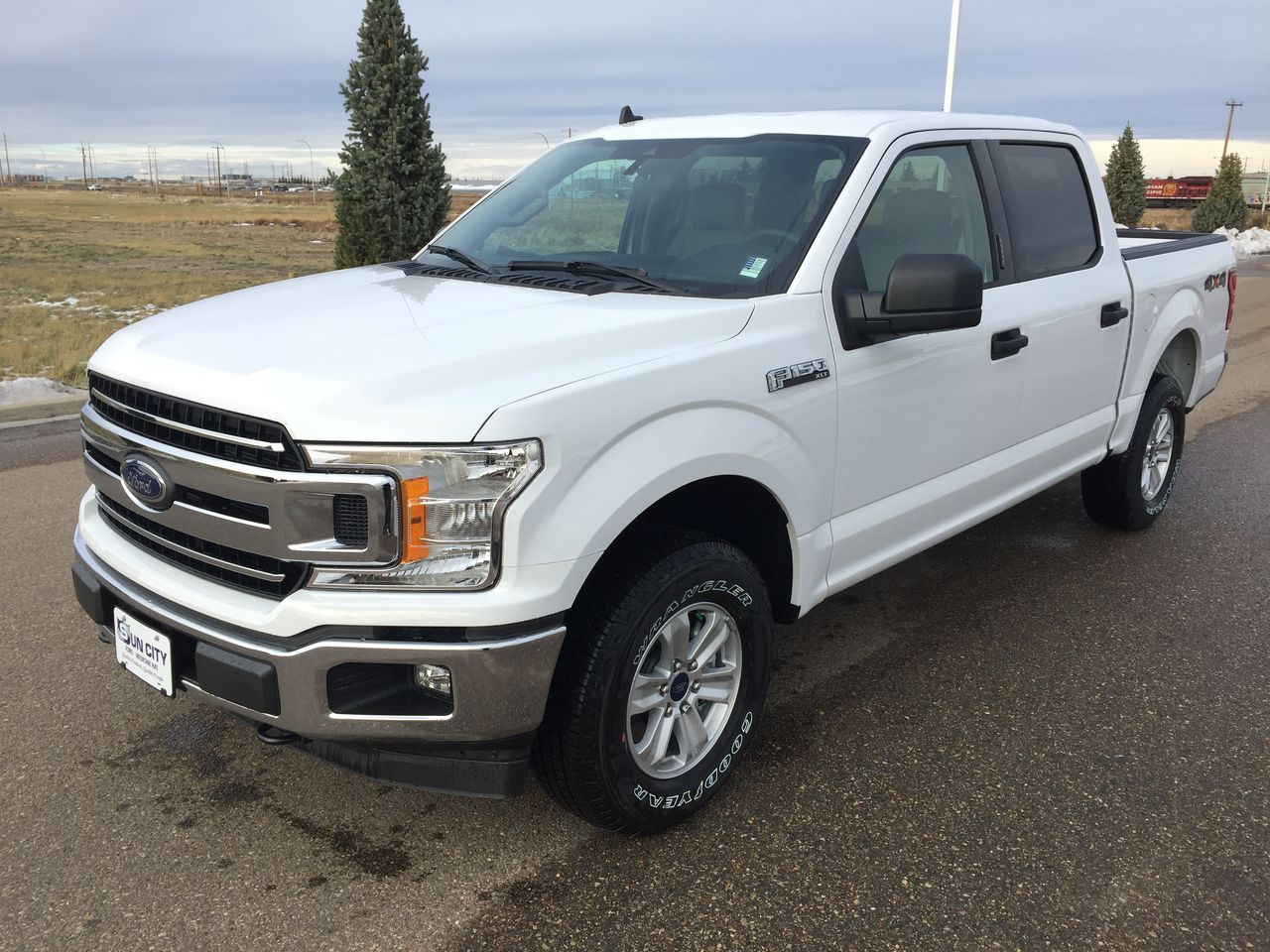 2020 Ford F-150 XLT (T120170) Main Image