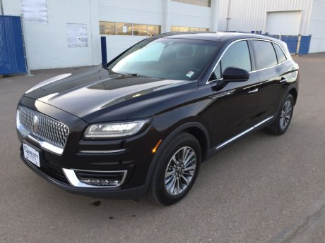 2020 Lincoln Nautilus AWD Reserve Heated Steering Wheel and Heated Rear Seats