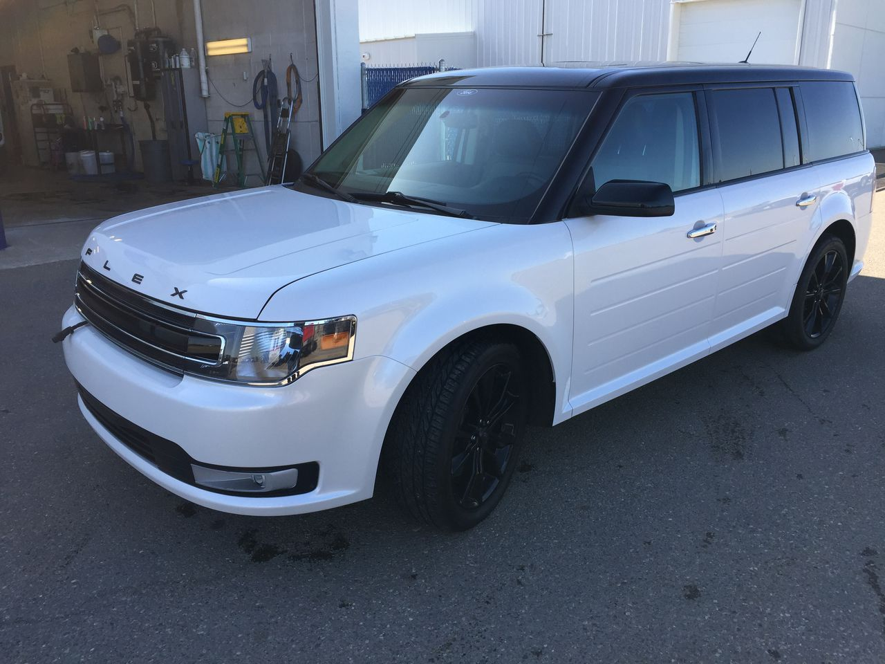 2017 Ford Flex SEL AWD MOON ROOF NAVIGATION LEATHER (U3936) Main Image